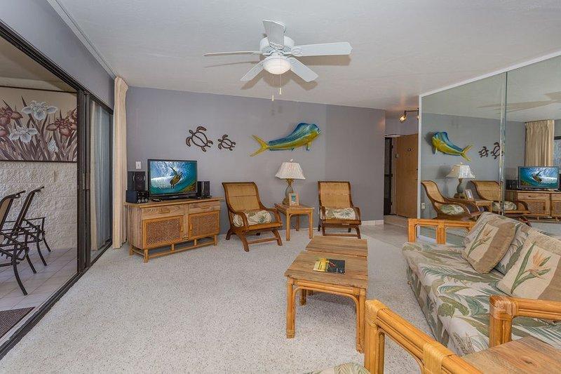 Keauhou Punahele A104 - Cozy Island Themed 2 Bed 2 Bath, vacation rental in Kealakekua