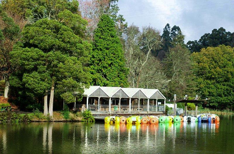 Lago Emerald Park a solo unos minutos.