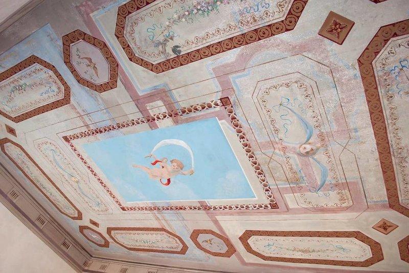 Rome Castel Nepi Home Borgia room near Colosseum Chalet in Rome