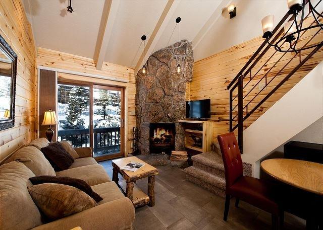 Clean Updated Mtn Loft #CV324 - Heated Pool - Free Ski Shuttle, casa vacanza a Vallecito Lake