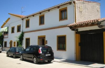 Amazing house with mountain view, vacation rental in Fuentes de Onoro