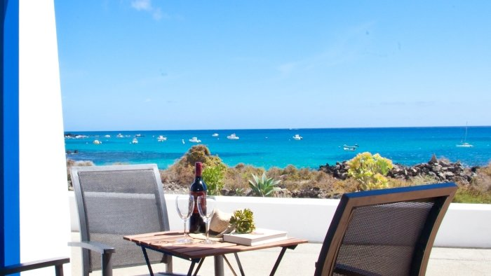 Apartment Galan Sea Views Punta Mujeres, vacation rental in Punta Mujeres