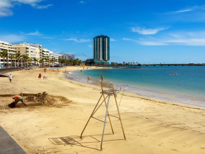 Shell Beach Front with sea views, alquiler vacacional en Playa del Cable