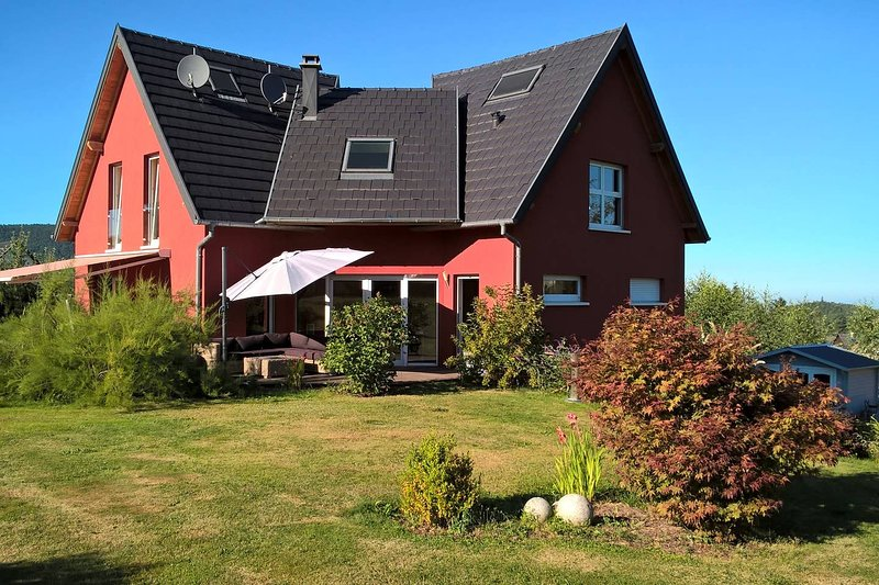 Amazing house with terrace & Wifi, holiday rental in Walbach