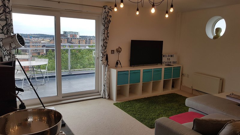 Toothbrush Apartments - Ipswich Waterfront - Fore Hamlet, holiday rental in Ipswich