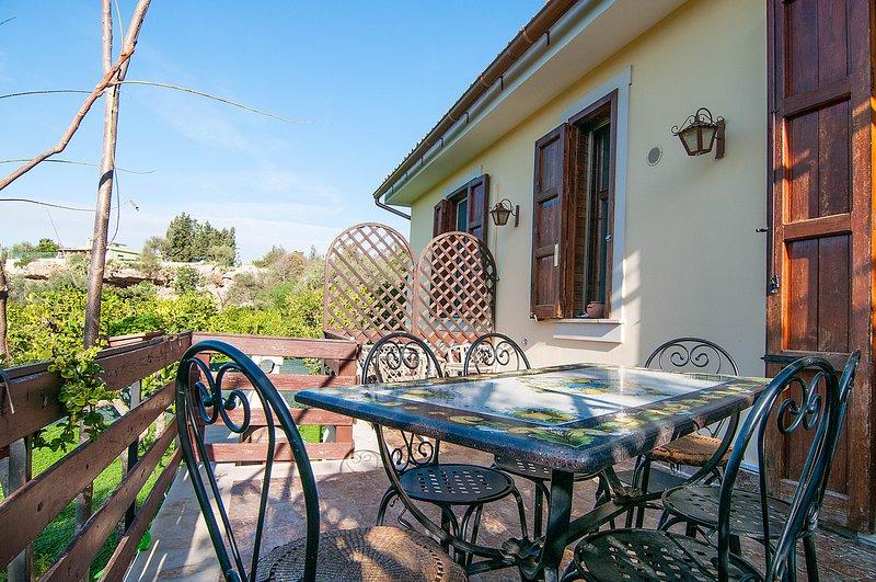 Beautiful house near the beach, alquiler vacacional en Lido di Noto