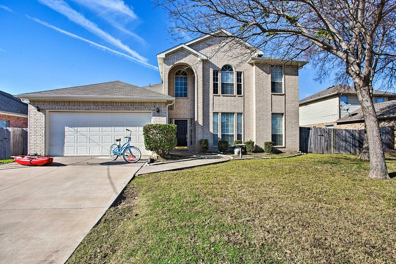 Little Elm: Pets Welcome, Walk to Lewisville Lake!, holiday rental in Aubrey