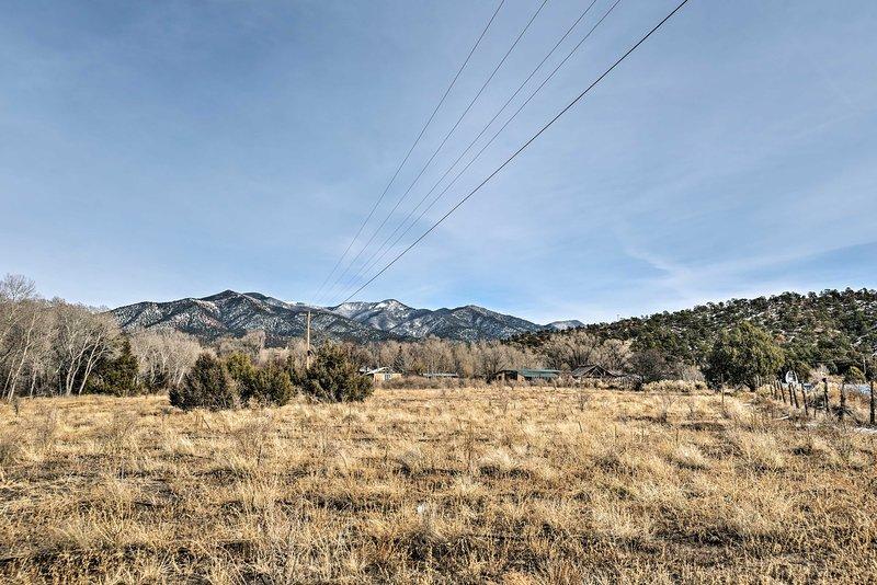 Bewundern Sie den herrlichen Bergblick von Ihrem Ferienhaus in New Mexico aus.