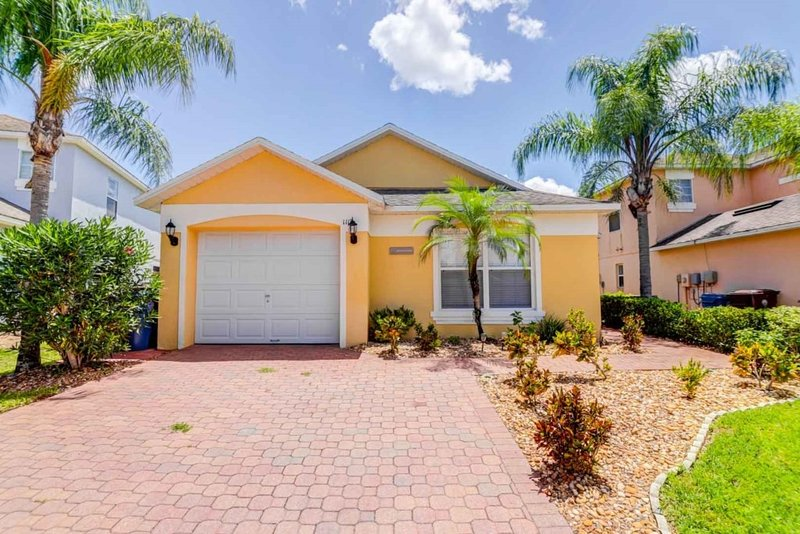 Scenic View From Your Private Pool!, Ferienwohnung in Auburndale