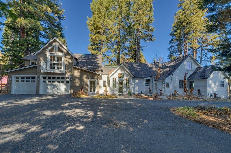 Belleview Lakefront, holiday rental in Homewood