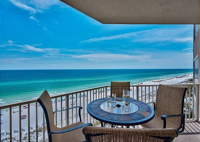 Beach Manor 908 - Balcony