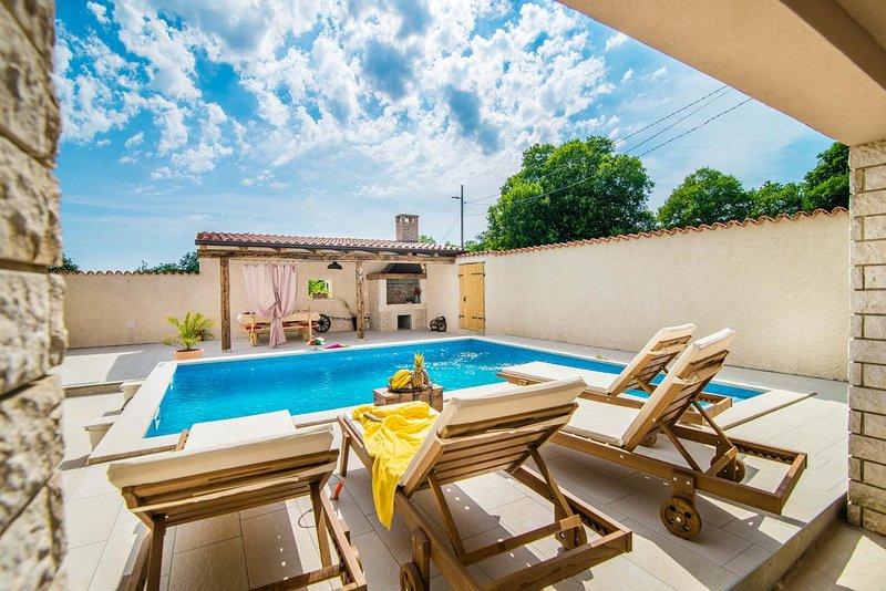 Holiday house Eleonora, holiday rental in Manjadvorci
