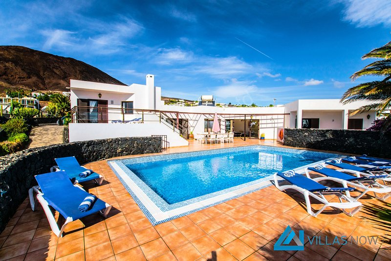 113 - Villa Montana (LH113), vacation rental in Playa Blanca