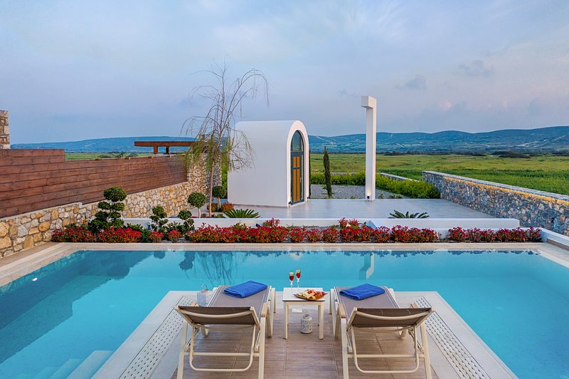 40 sq.m. private swimming pool and countryside view