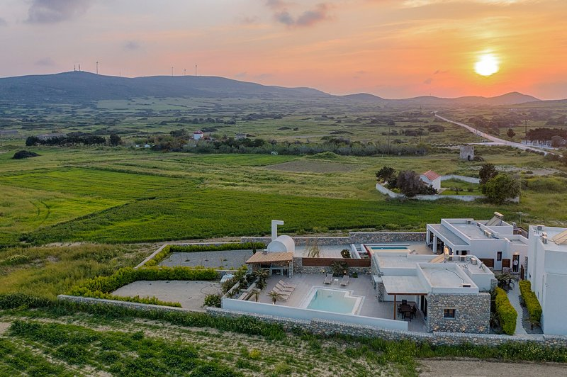 Villa Juliette at sunset - view of the surrounding countryside