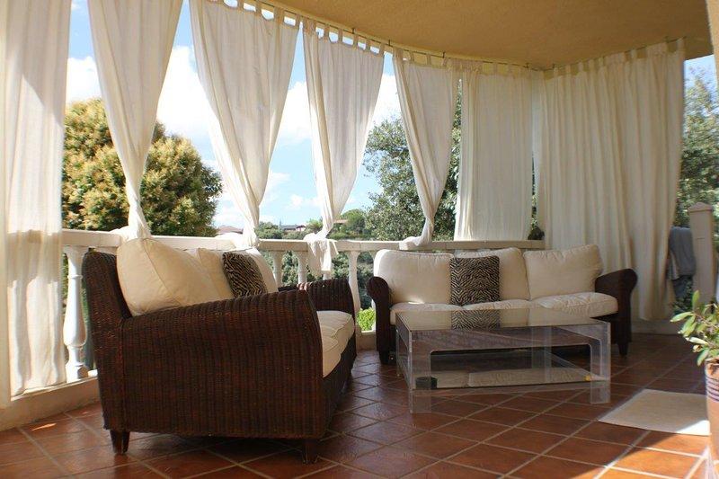 Villa Lasada - Relájate y disfruta como un VIP, location de vacances à Valdetorres de Jarama