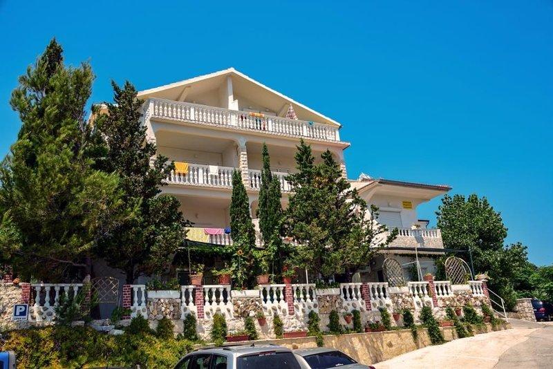 Ferienwohnung 4855-1 für 6 Pers. in Lopar, holiday rental in Lopar