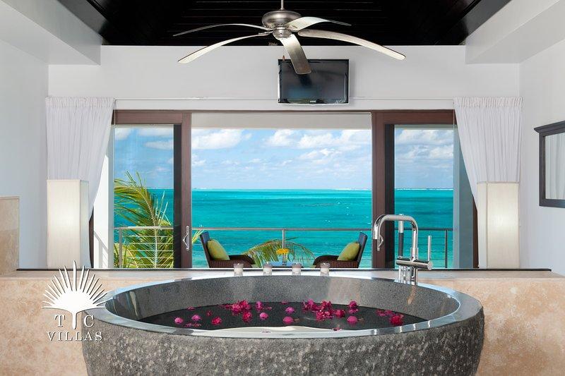 TC Villas // Sea Edge Villa // Luxury & Romance, location de vacances à The Bight Settlement