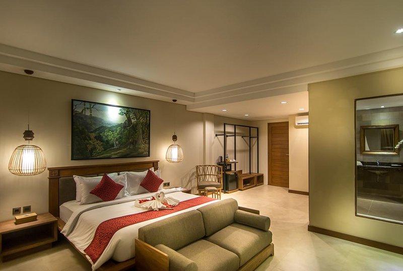 Cosy 1BR Suite Plunge Pool - Breakfast, holiday rental in Singakerta
