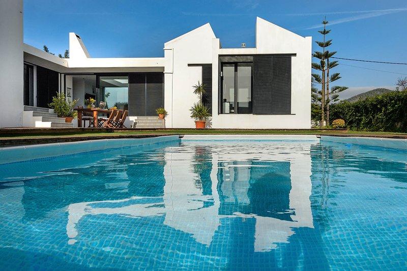 New! Villa Anur, holiday rental in Playa d'en Bossa