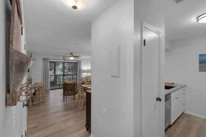 Spacious open layout as soon as you enter the townhome!