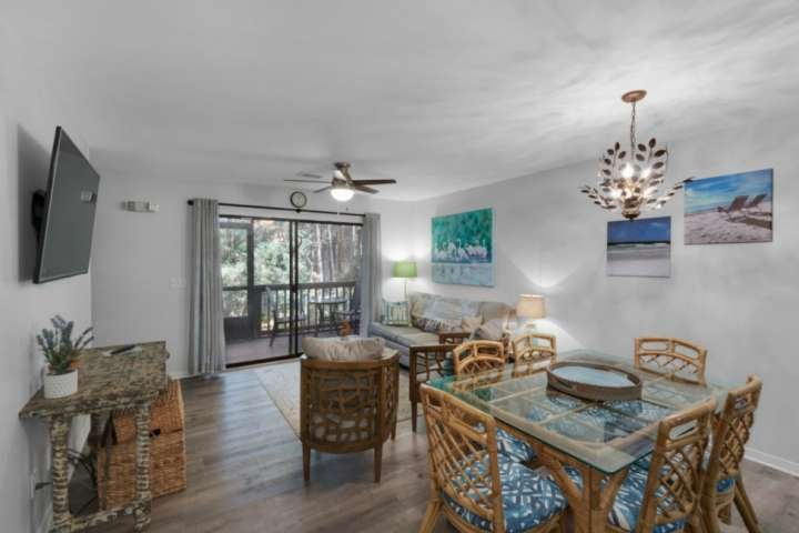 "Welcome to ""Waves and Beams"" 2 BR 2BA Townhome in the Heart of Seagrove"