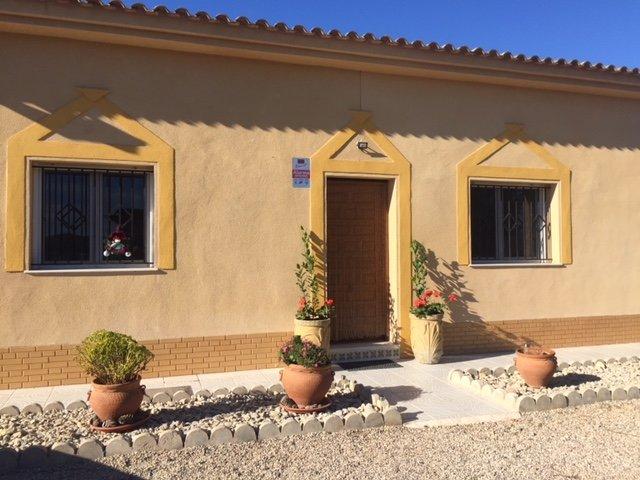 Stunning Country and Coast Villa Almendricos near Historic Lorca and Cartagena, vacation rental in Lorca