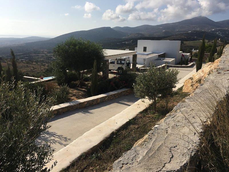 Villa Livadi  Paros, vacation rental in Lefkes