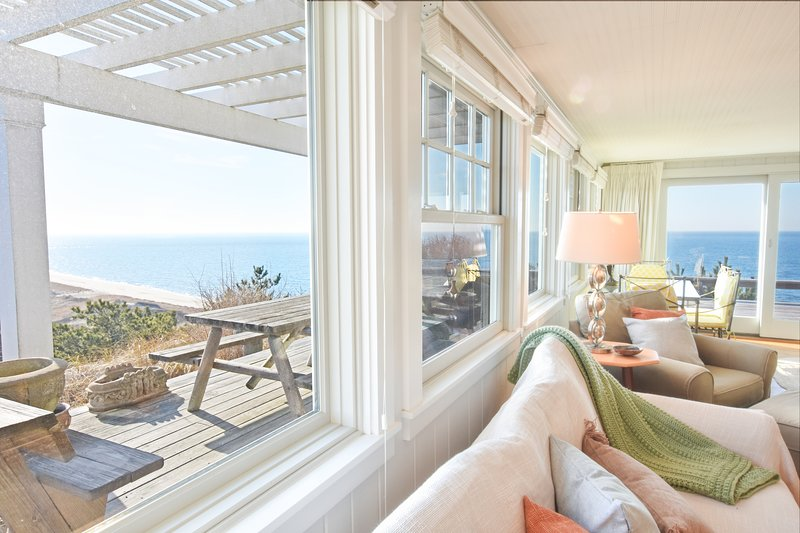 #210: Breathtaking views, private beach, updated and modern!, vacation rental in Truro