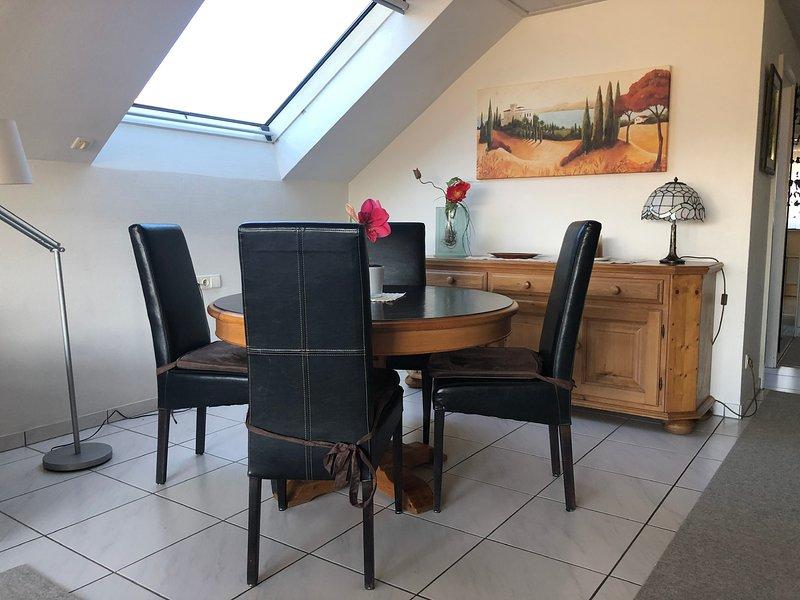 Anne's Komfort Ferienwohnung 65qm 2-4 Personen, holiday rental in Umkirch
