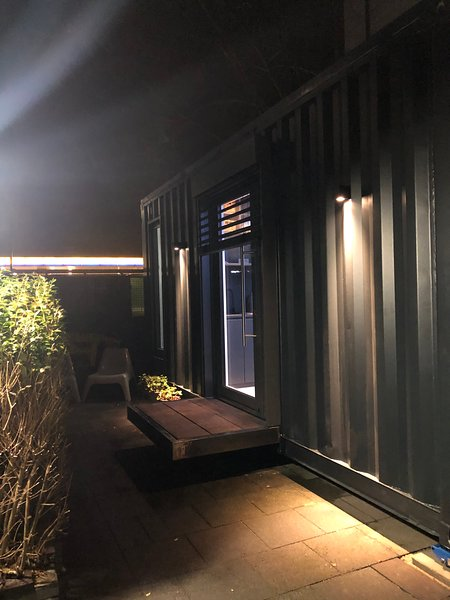 Exklusives Smart Tiny House Köln Niehl, holiday rental in Cologne