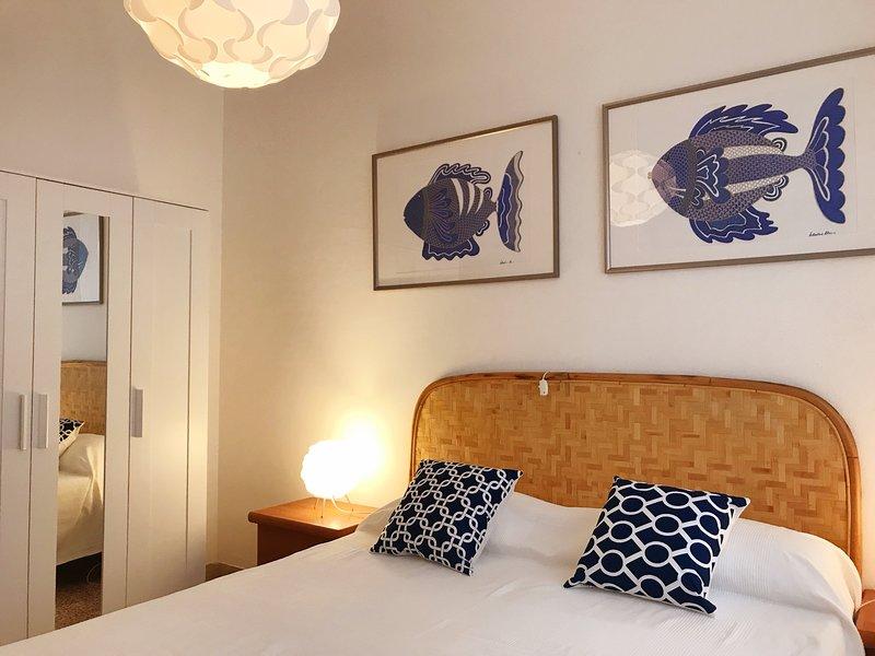 Ampio appartamento vicino alla spiaggia di Castiglione della Pescaia, holiday rental in Ponti di Badia