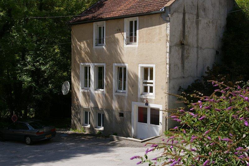 House - 10 km from the slopes, aluguéis de temporada em Les Bouchoux