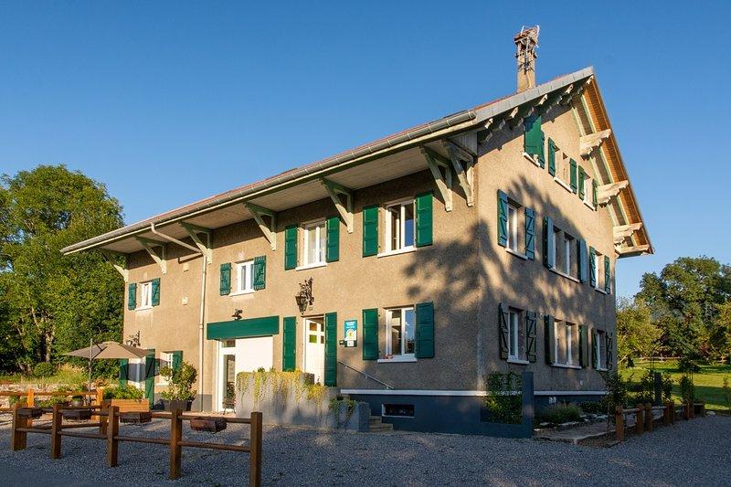 Amodo Lodge - Gîte 'Le Lyonnet' 5 personnes, holiday rental in Saint-Paul-en-Chablais