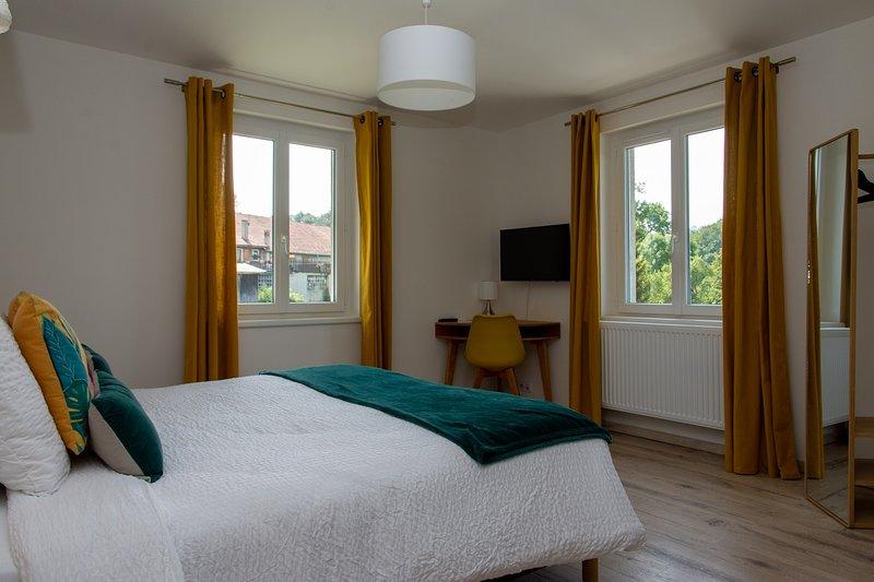 Amodo Lodge - Chambre JARO 2 personnes, holiday rental in Saint-Paul-en-Chablais