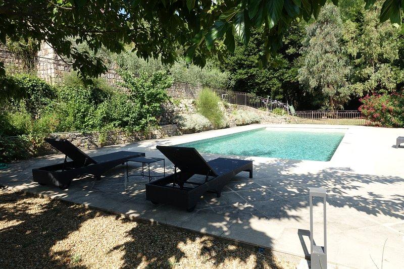 Amanou villa solar heated swim pool in Seillans, holiday rental in Seillans