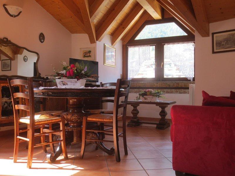 MOLVENO LUX ATTICO, vakantiewoning in Calavino