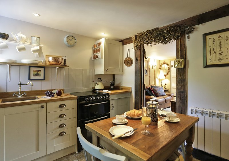 2 Fox Cottages, holiday rental in Saxmundham