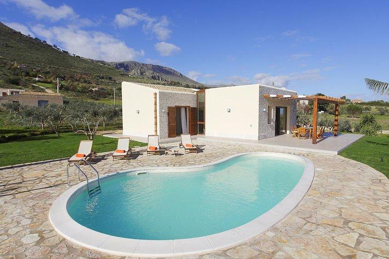 Villa delle Stelle, holiday rental in Villaggio Sporting