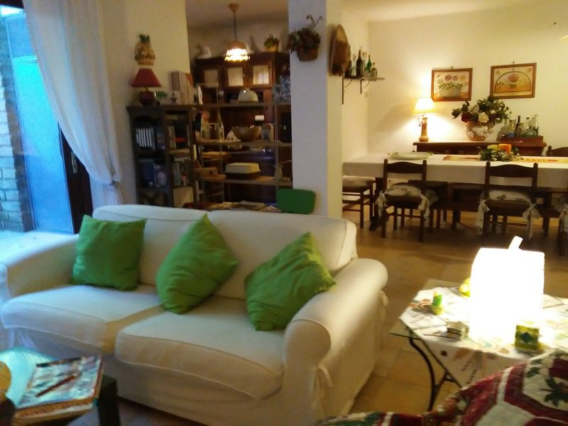 Nice apt in Colle Diana & Wifi, vacation rental in Capranica - Scalo
