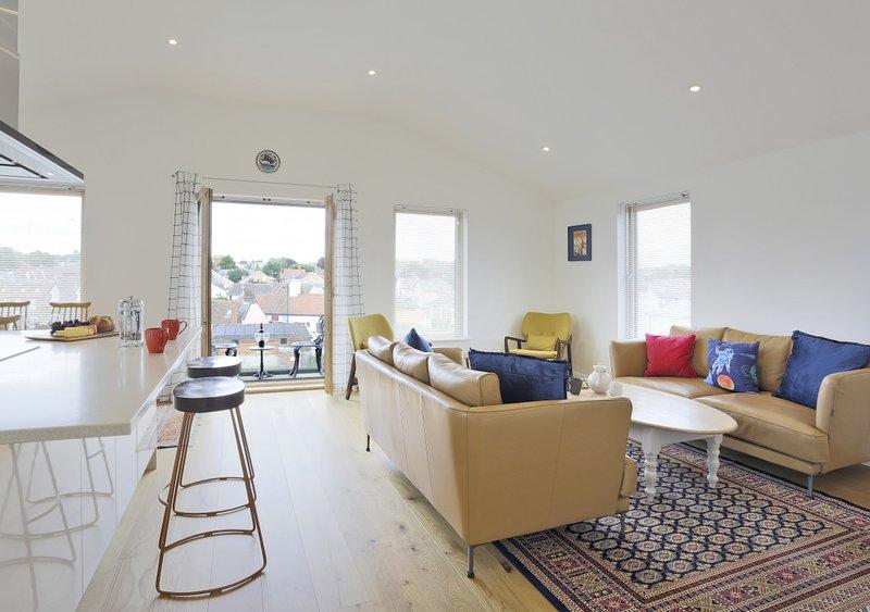 The Woodbridge Penthouse, holiday rental in Waldringfield