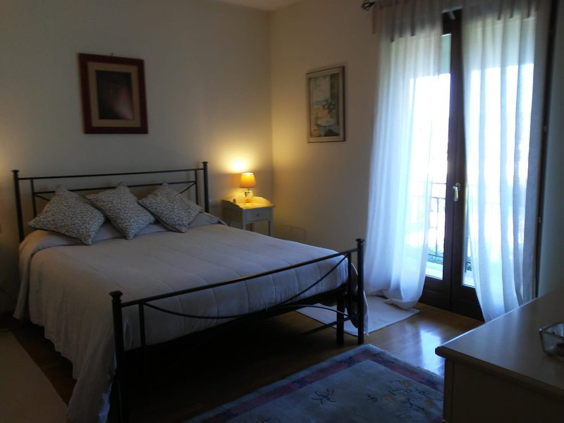 Nice apt with garden & terrace, vacation rental in Capranica - Scalo