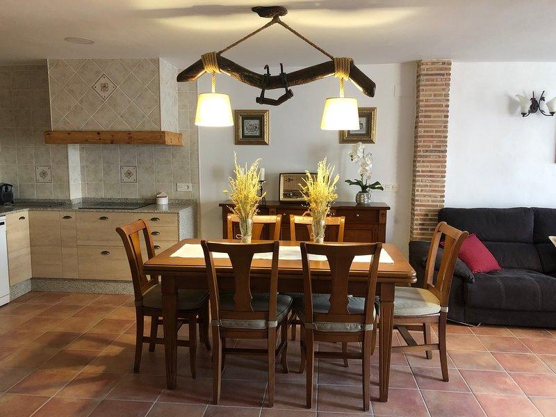 Casa Fuster,Apartamento Las Encinas, holiday rental in Rubielos de Mora