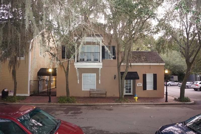 Unit in Downtown Haile Village steps away from all the attractions, holiday rental in Gainesville