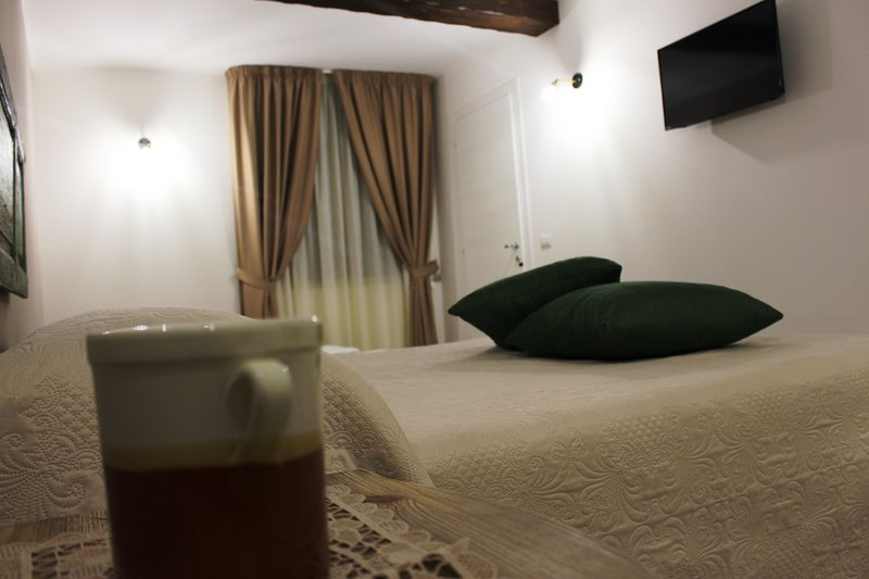 CASA MAZZONE B&B EXPERIENCE, holiday rental in Caccuri