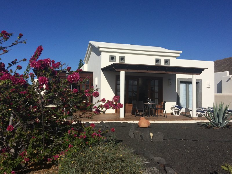 Bella Vista, vacation rental in Playa Blanca
