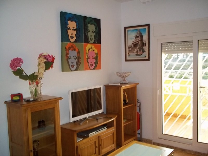 Beautiful apt with pool access, holiday rental in Los Cuarteros