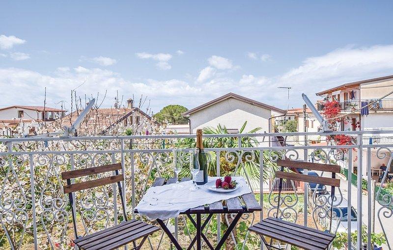 Nice apartment with sea view & Wifi, holiday rental in Santa Maria di Castellabate