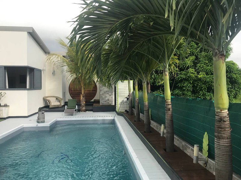 Amazing villa with swimming-pool, holiday rental in Saint-Louis