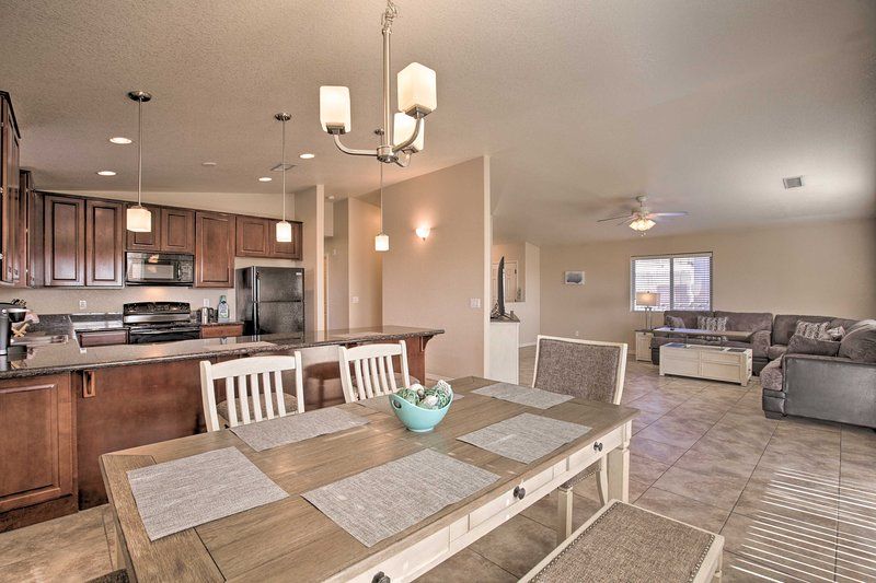 Lake Havasu Home 5 Minutes to Beach & Boat Launch!, holiday rental in Topock